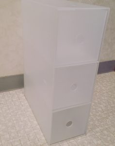コンタクトレンズを無印良品の収納ボックスで管理。洗面台下が一気にスッキリしました!